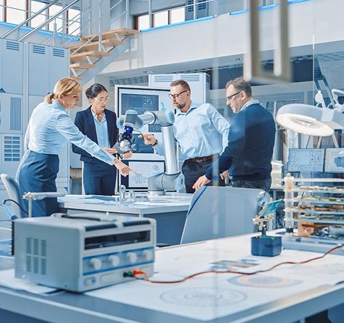 4 chercheurs dans un laboratoires avec gestion de projets scientifiques par adrinord