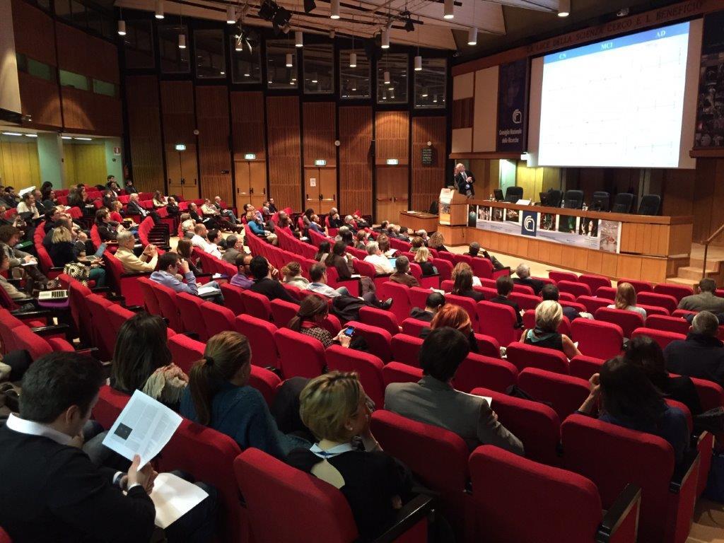vue d'ensemble d'un amphi avec écran géant et un intervenant lors d'un événement scientifique organisé par adrinord